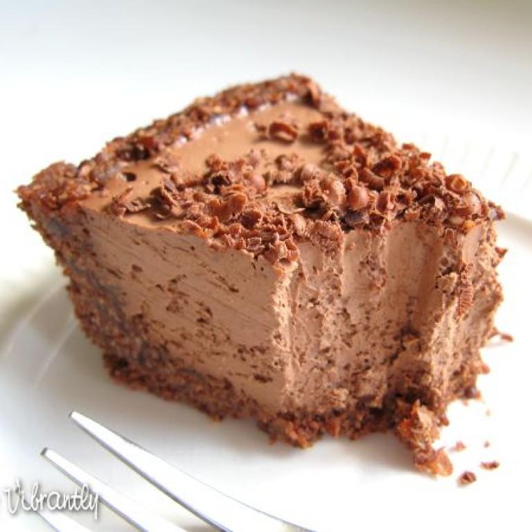raw-vegan-chocolate-cheesecake-piece_600x450